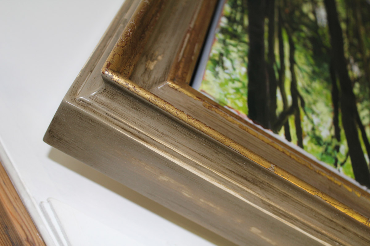 Pictureframes of shaftesbury - handmade corner